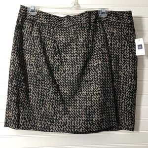 Gap pocketed mini skirt